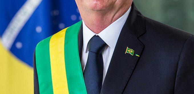 Bolsonaro sanciona lei que muda regras de cobrança de ISS